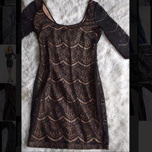GUESS // Semi Formal Lace Dress